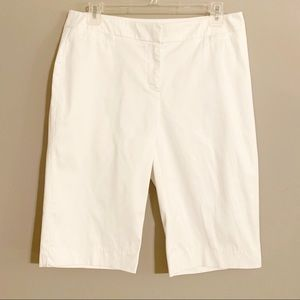 Chico's White Bermuda Shorts Size 0